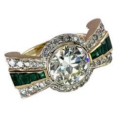 3.45 Carat Diamond Bowtie Ring with Emeralds in 15 Karat Yellow Gold circa 1940s