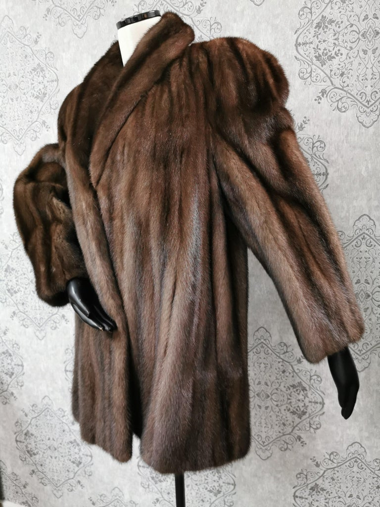 Women's Donna Karan New York for Berger Christensen Demi-Buff Mink Fur Coat (Size 16-18) For Sale