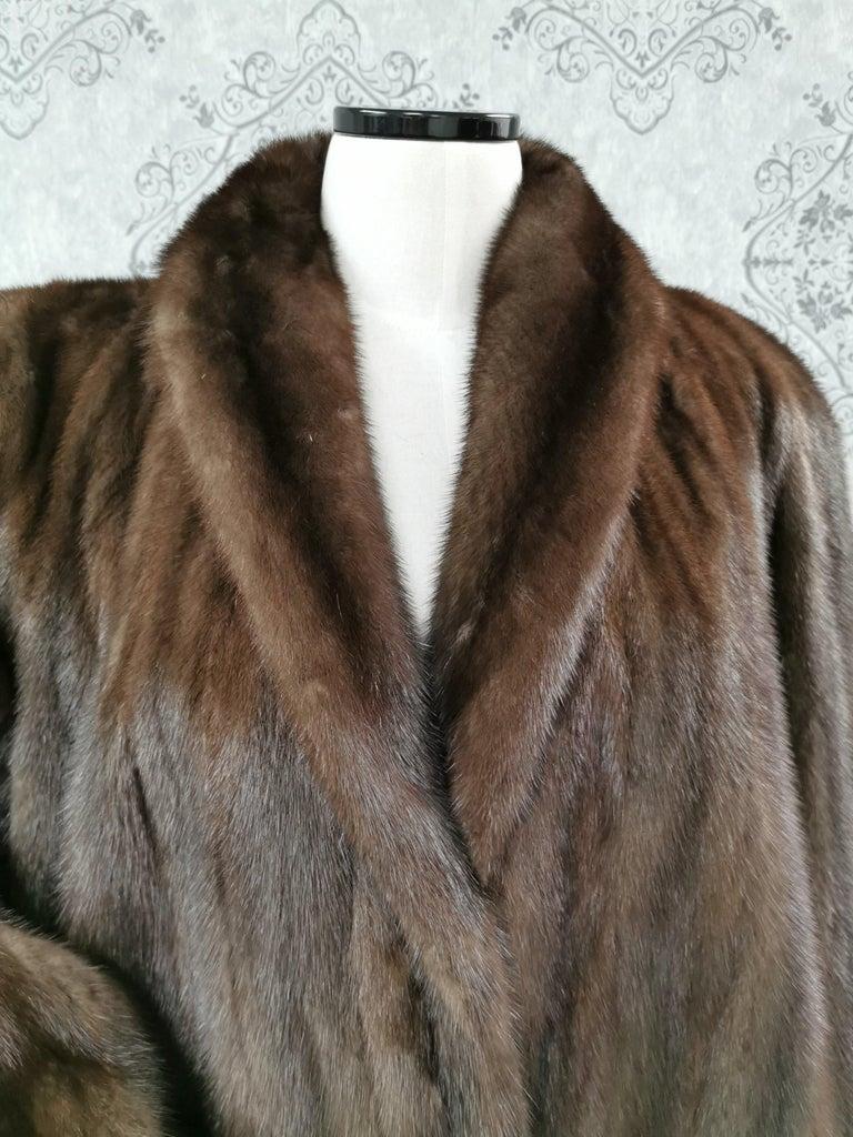 Donna Karan New York for Berger Christensen Demi-Buff Mink Fur Coat (Size 16-18) For Sale 1