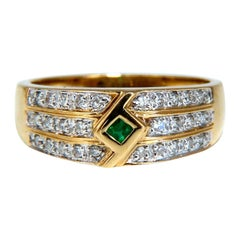 .35 Carat Emerald and Diamonds Geometric Ring 14 Karat Yellow Gold