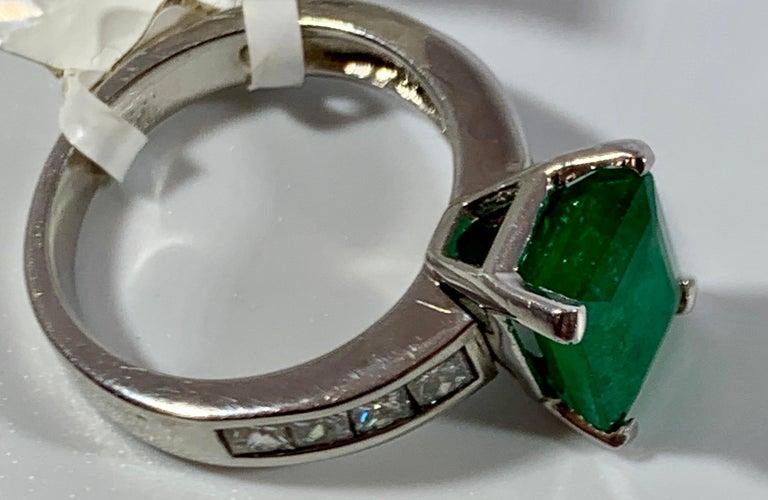 3.5 Carat Emerald Cut Emerald and 0.5 Carat Diamond Ring 14 Karat White Gold For Sale 7