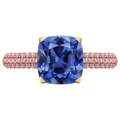 3.5 Carat Natural Cornflower Blue Sapphire Pink Sapphires 18 Karat Gold Ring