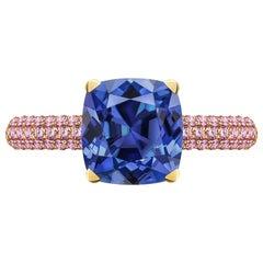 3.5 Carat Natural Cornflower Blue Sapphire Pink Sapphires 18 Karat Gold Ring
