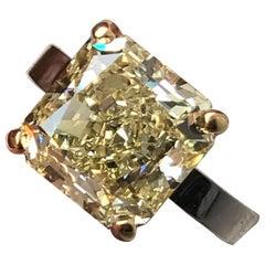 3.5 Carat tw apprx. Round Diamond & Trillion 3 Stone Platinum Ring - Ben Dannie