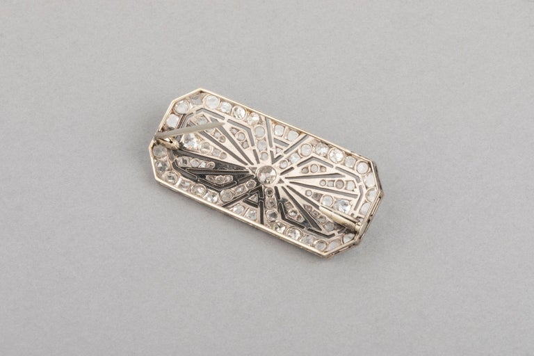 3.5 Carat Gold Platinum and Diamonds French Art Deco Brooch For Sale 8