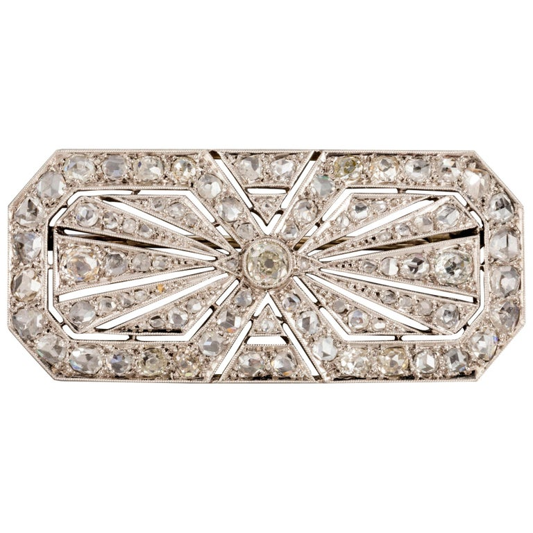 3.5 Carat Gold Platinum and Diamonds French Art Deco Brooch For Sale