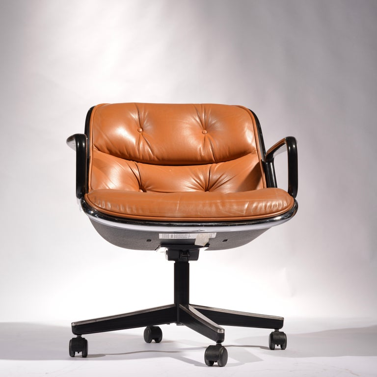 35 Charles Pollock Executive Desk Chairs for Knoll in Cognac Leather For Sale 7