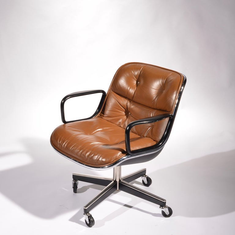 35 Charles Pollock Executive Desk Chairs for Knoll in Cognac Leather For Sale 2