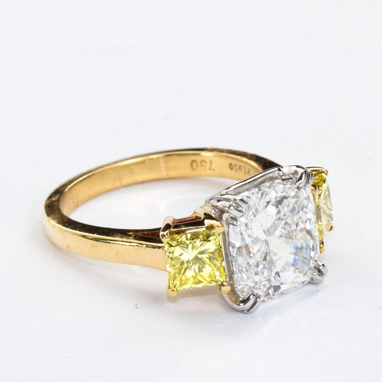 3.55 Carat Cushion Cut Diamond and Fancy Intense Yellow Princess Sides Ring GIA For Sale 2