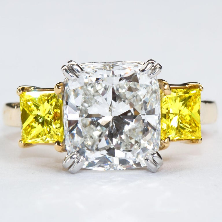 3.55 Carat Cushion Cut Diamond and Fancy Intense Yellow Princess Sides Ring GIA For Sale 3