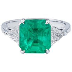 3.56ct Emerald Cut Natural Colombian Emerald and 0.85ct Diamonds, GIA Certified