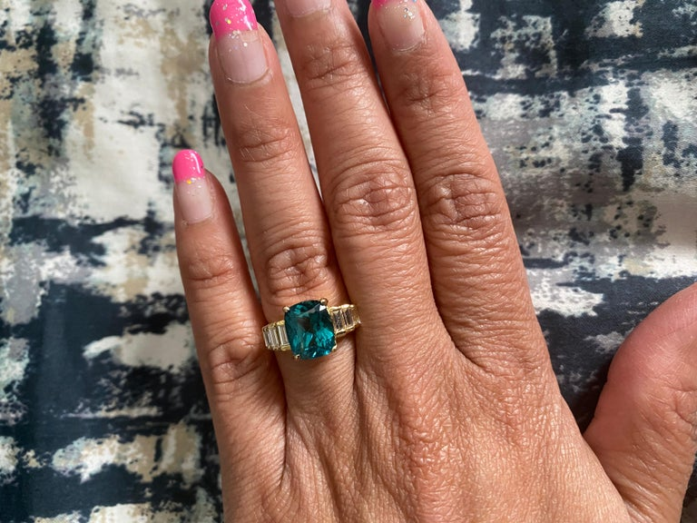 3.62 Carat Cushion Cut Apatite Diamond 18 Karat Yellow Gold Engagement Ring For Sale 2