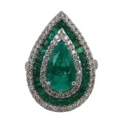 3.62 Carat Emerald and Diamond Cocktail Ring in 18 Karat Gold