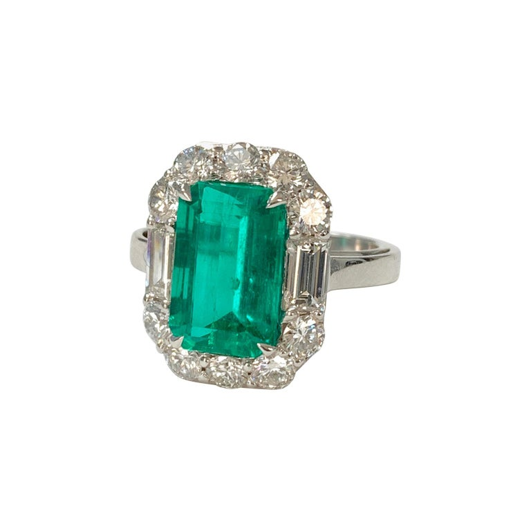 3.63 Carat Columbian Emerald and Diamond Ring in 18K White Gold For Sale