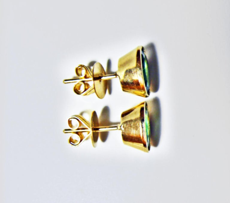 3.63 Carat Natural Colombian Emerald Oval Stud Earrings 18 Karat Yellow Gold For Sale 2