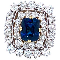 3.65 Carat Sapphire and Diamonds Ring 18 Karat Gold