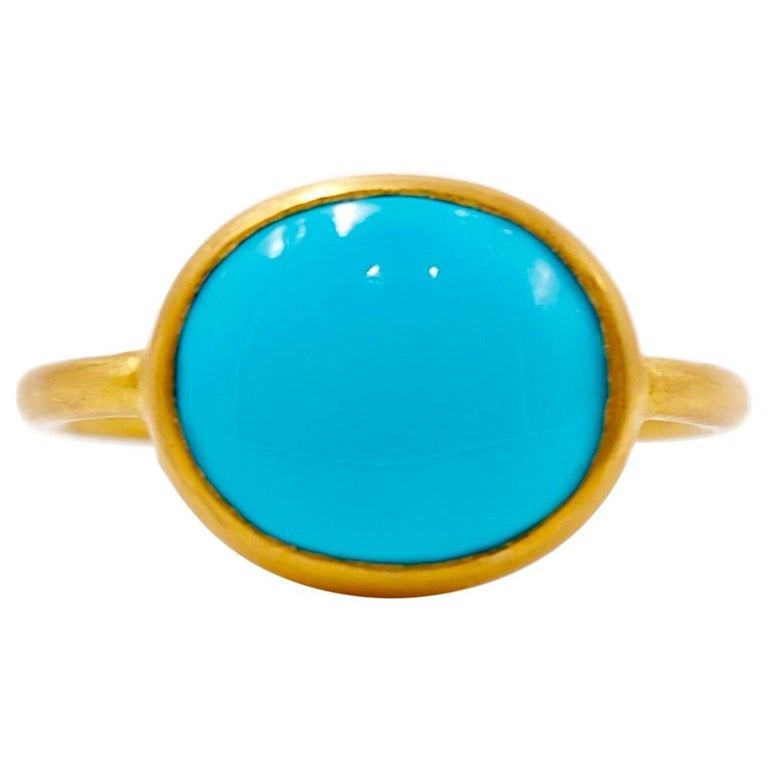 3.65 Carats Turquoise Cabochon 22 Karat Gold Ring For Sale