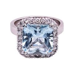 3.67 Carat Natural Brazilian Aquamarine White Diamond White Gold Setting Ring