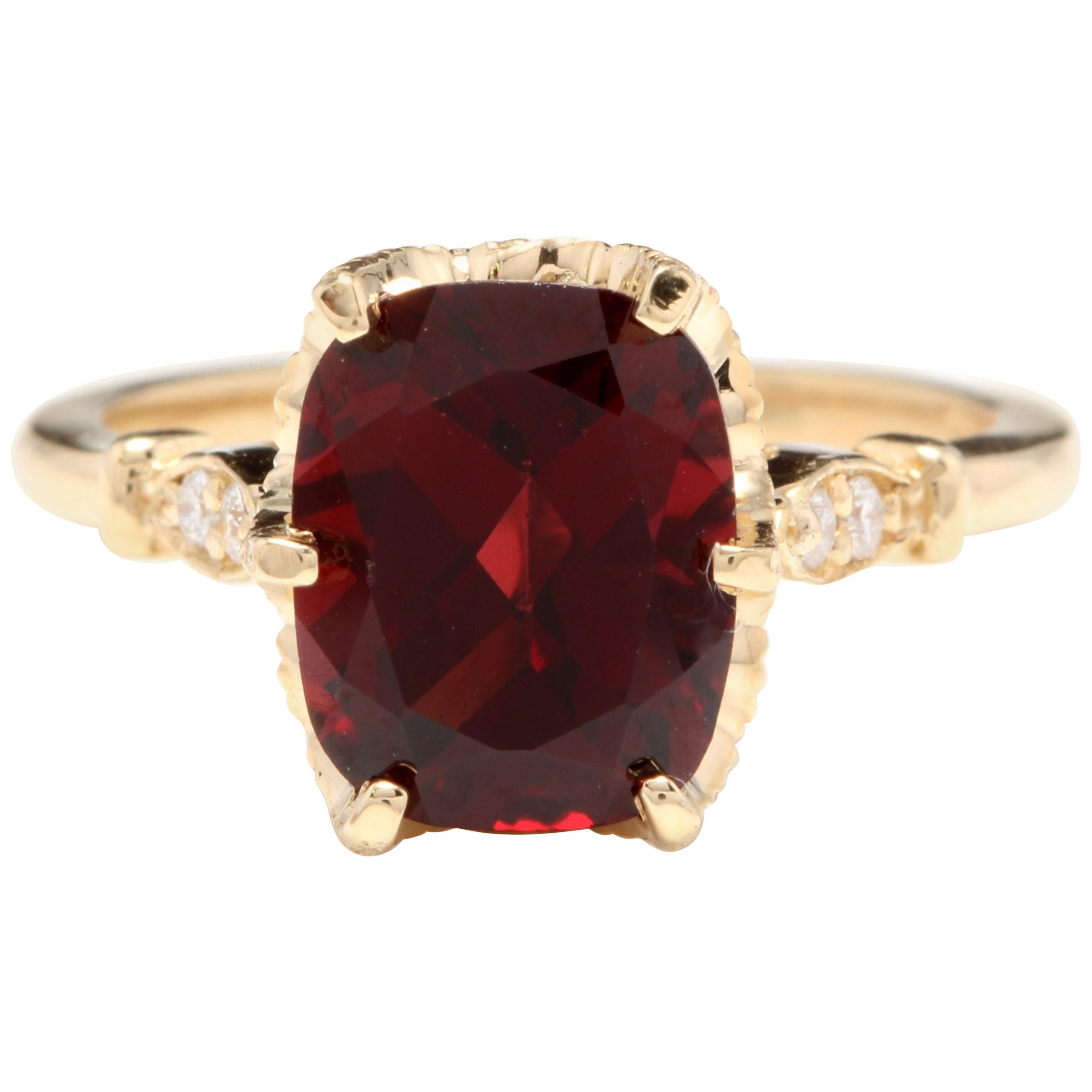 3.68 Carat Natural Garnet and Diamond 14 Karat Solid Yellow Gold Ring
