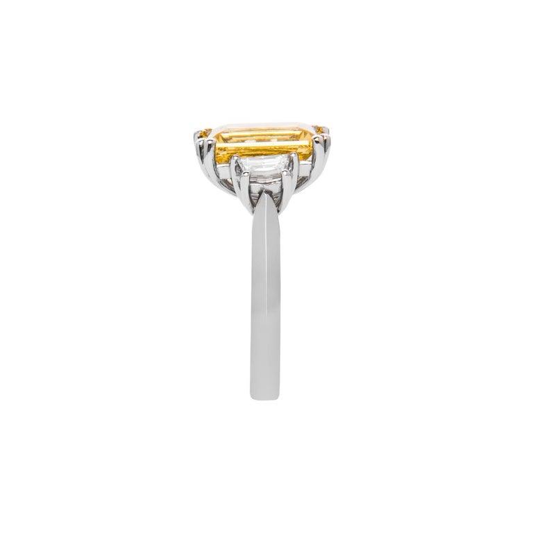 Women's or Men's 3.69 Carat Beryl Yellow Emerald Cut Diamond Three-Stone Ring Natalie Barney For Sale