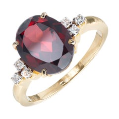 3.70 Carat Oval Garnet Diamond Yellow Gold Ring