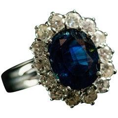 3.75 Carat Blue Sapphire 1.40 Carat Diamonds White 18 Karat Gold Engagement Ring