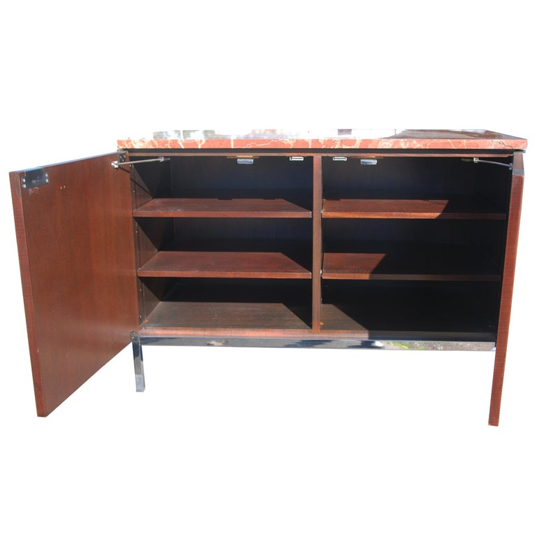 Mid-Century Modern Knoll Credenza with Rojo Marble Top In Good Condition For Sale In Pasadena, TX