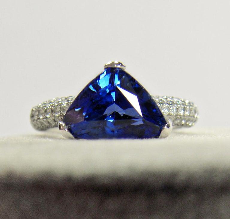 3.76 Carat Sapphire Diamond Engagement Ring 18 Karat White Gold For Sale 5