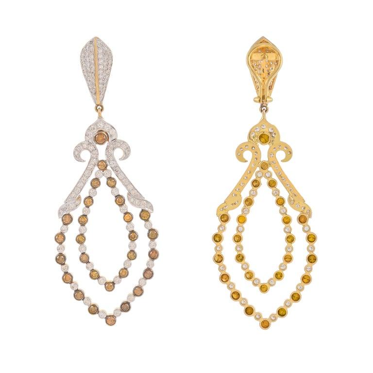 Modern 3.77 Carat Fancy Color Diamond 18 Karat Yellow Gold Dangle Earrings For Sale