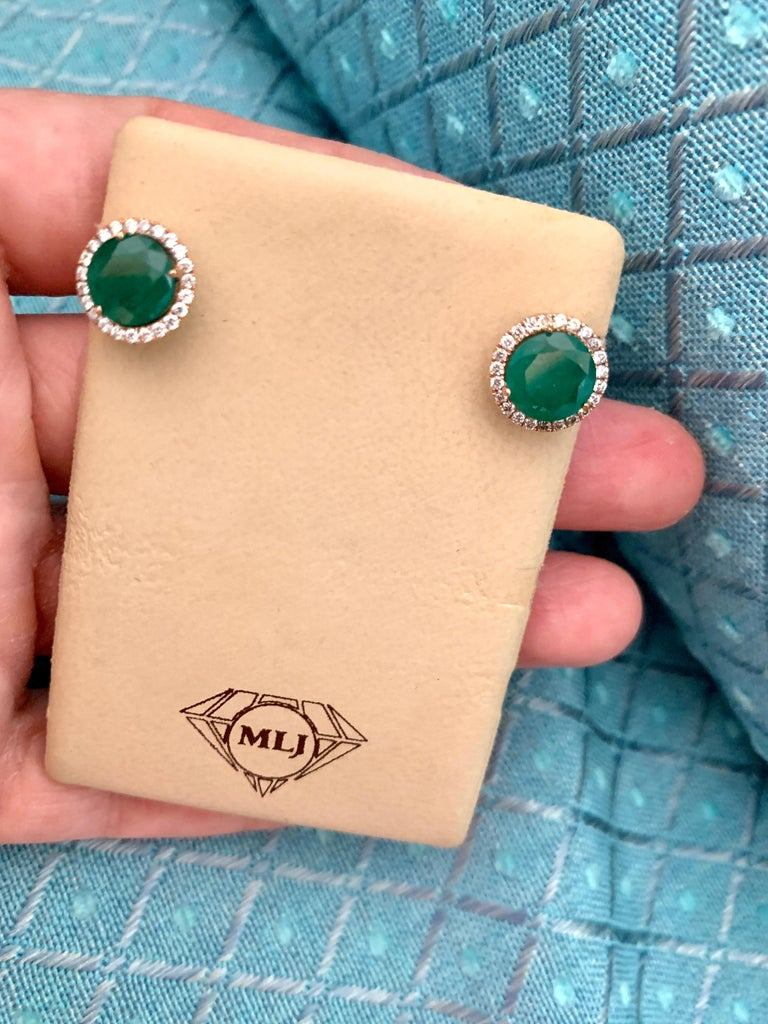 3.8 Carat Round Emerald and Diamond Stud Earrings 18 Karat Pink Gold For Sale 5