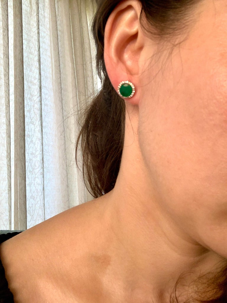 3.8 Carat Round Emerald and Diamond Stud Earrings 18 Karat Pink Gold For Sale 1