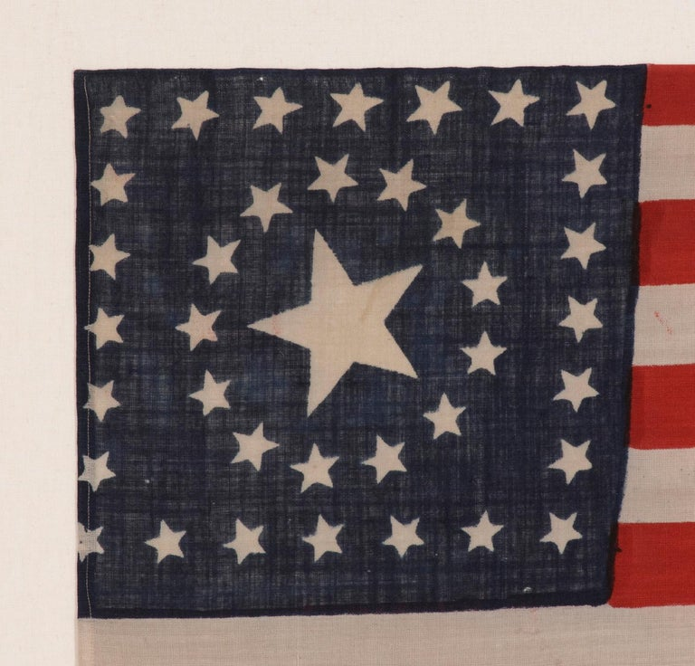 38 Star, Circle-In-A-Square Medallion American Flag, Made by Horstmann Brothers In Good Condition For Sale In York County, PA