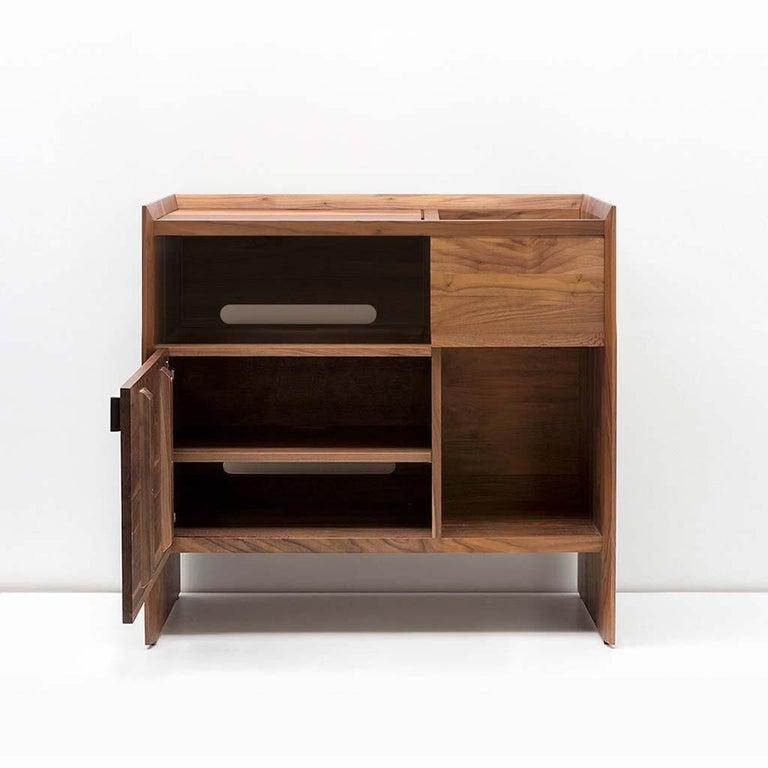 Modern Unison for Sonos Vinyl Record Storage Stand in Natural Walnut For Sale