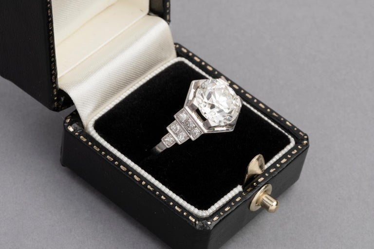3.81 Carat French Art Deco Ring, Platinum and Diamonds For Sale 4