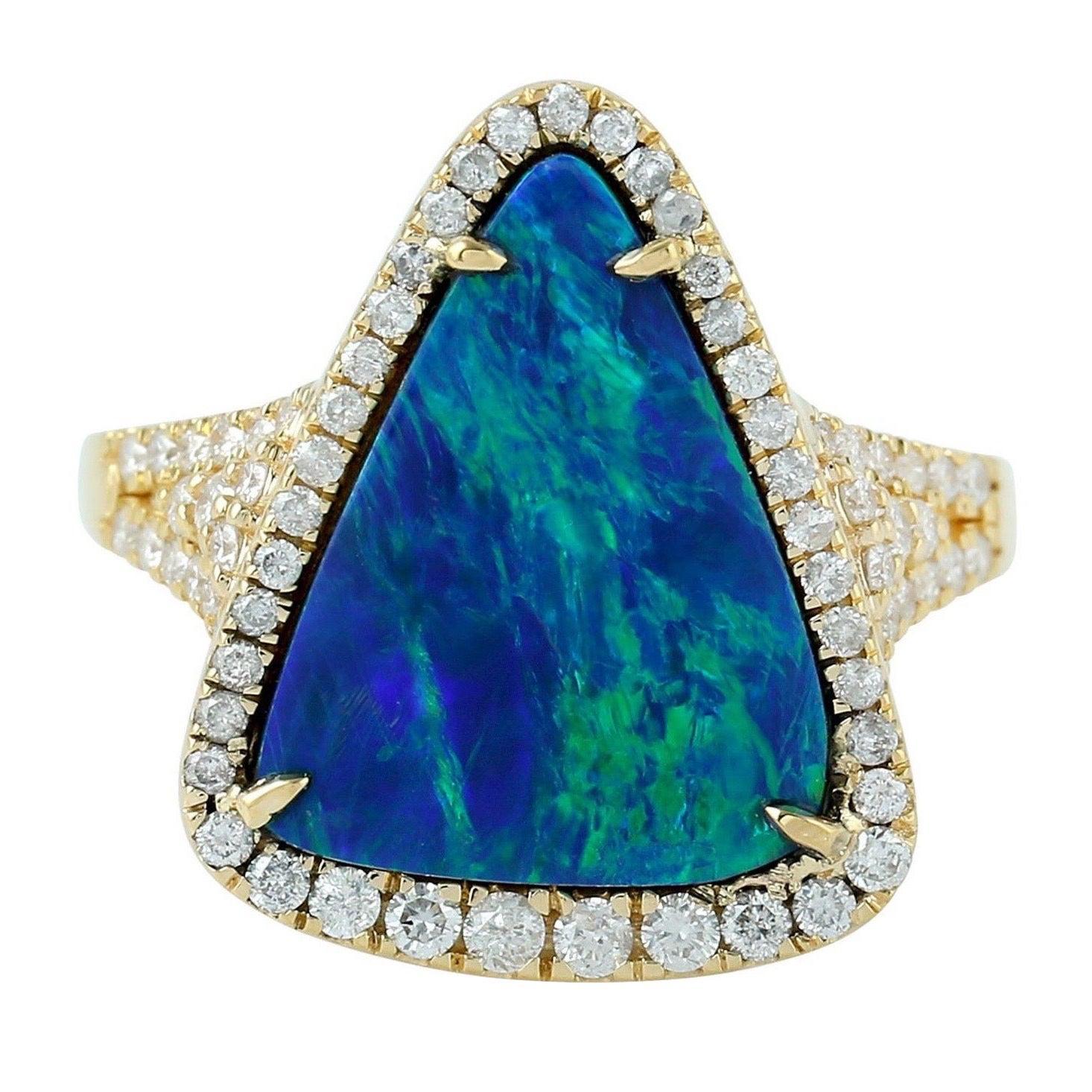3.82 Carat Opal Diamond 18 Karat Gold Ring