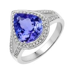3.85 Carat Genuine Tanzanite and White Diamond 14 Karat White Gold Ring