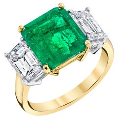3.88 Carat GIA Columbian Emerald Diamond 18 Karat Yellow, White 3-Stone Ring