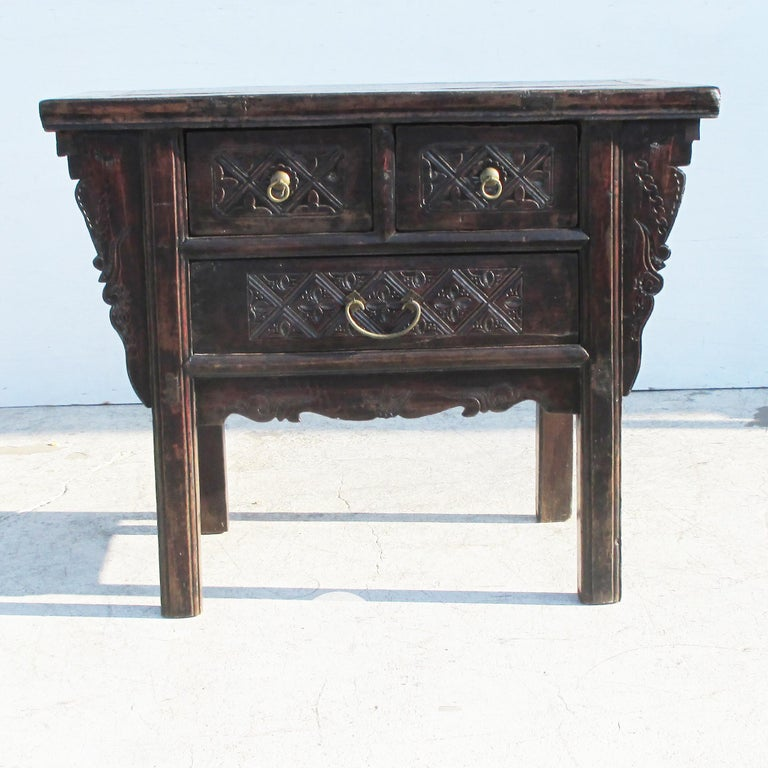 19th Century Qing Dynasty Alter Console Table In Good Condition For Sale In Pasadena, TX