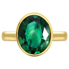 3.94 Carat Intense Green Zambian Emerald 18 Karat Yellow Gold Ring