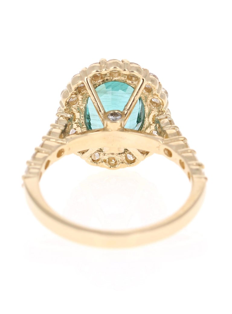 3.96 Carat Oval Cut Apatite Diamond 14 Karat Yellow Gold Engagement Ring In New Condition For Sale In Los Angeles, CA