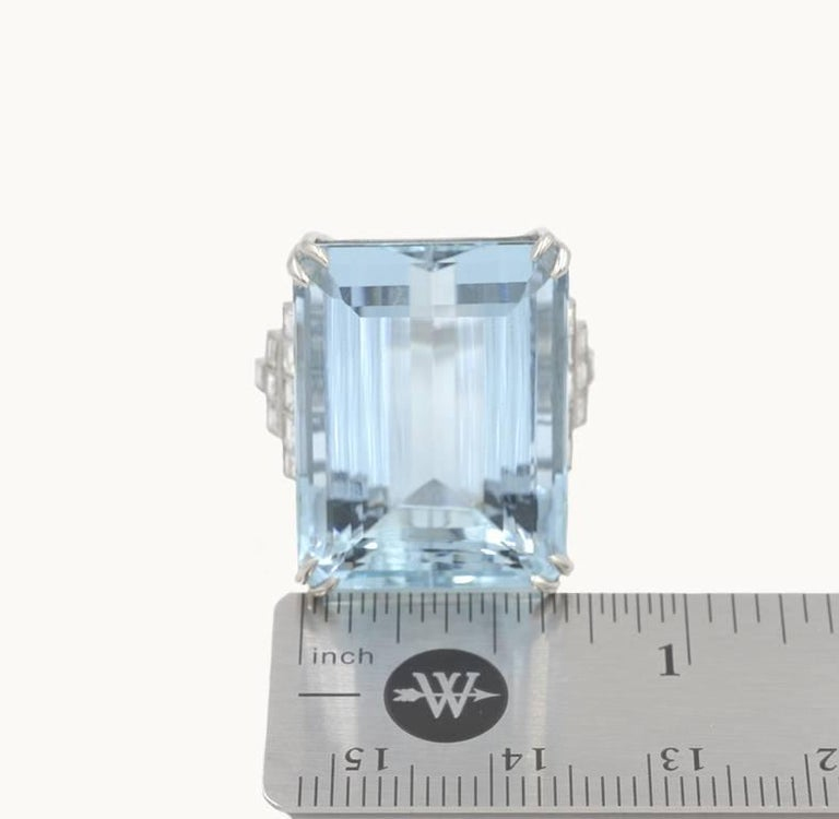 39.78 Carat Aquamarine and Diamond Platinum Ring For Sale 1