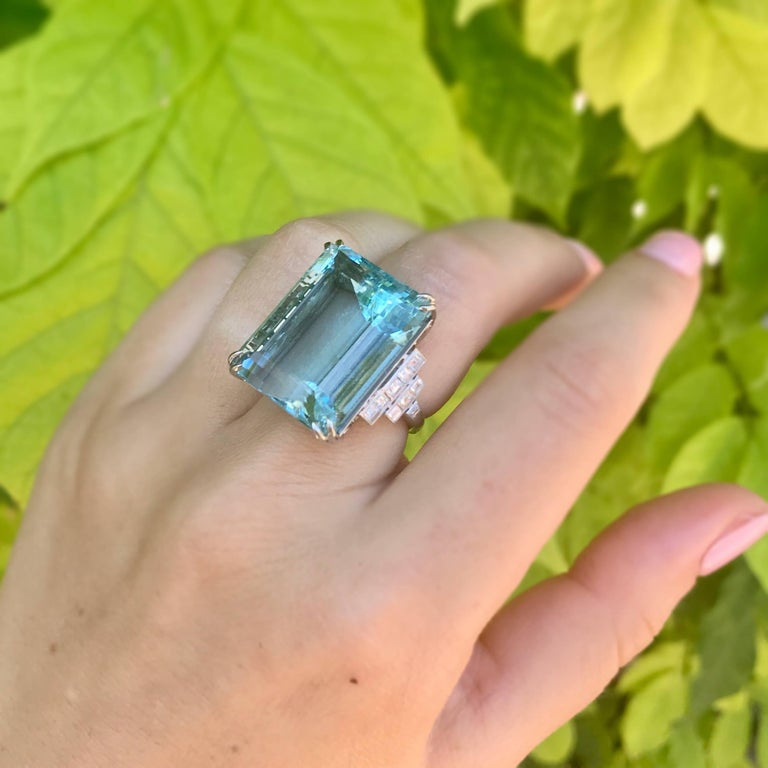 39.78 Carat Aquamarine and Diamond Platinum Ring For Sale 2