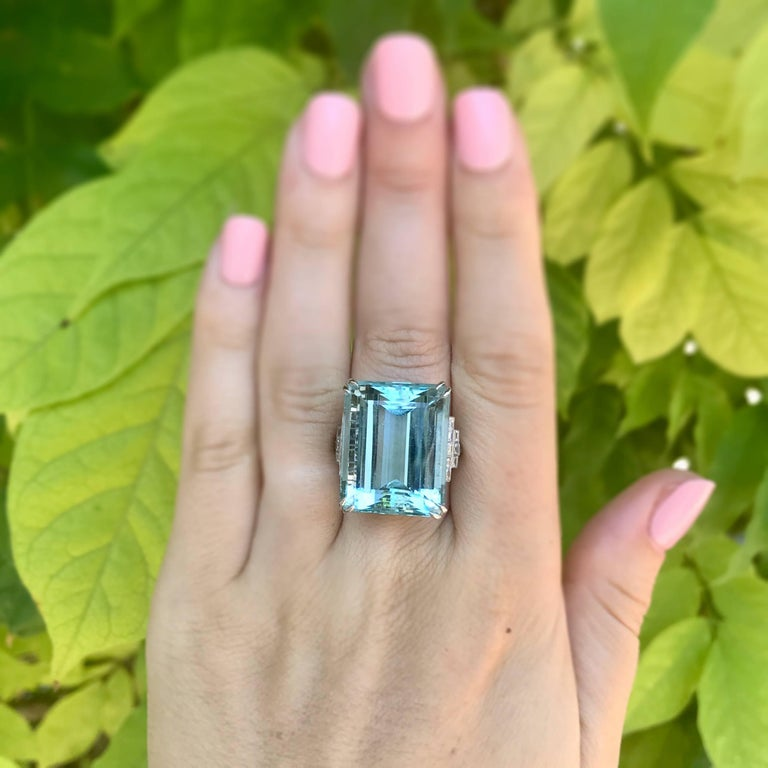 39.78 Carat Aquamarine and Diamond Platinum Ring For Sale 3