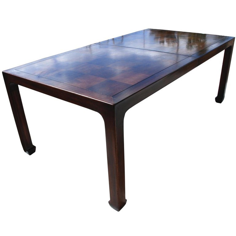 Chinoiserie Henredon Mahogany Extendable Dining Table with Ming Legs For Sale