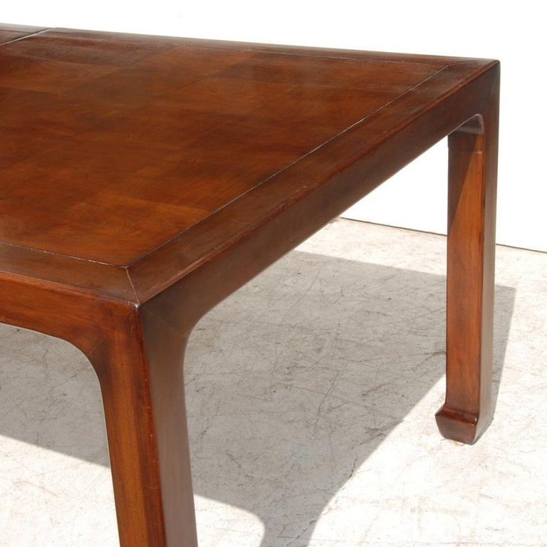 Parquetry Henredon Mahogany Extendable Dining Table with Ming Legs For Sale