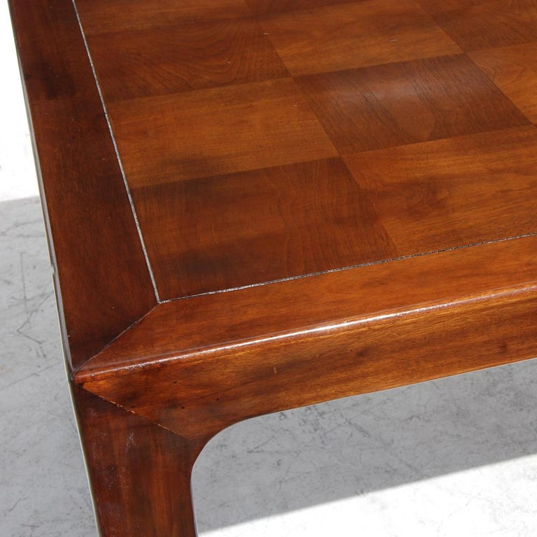 Henredon Mahogany Extendable Dining Table with Ming Legs In Good Condition For Sale In Pasadena, TX