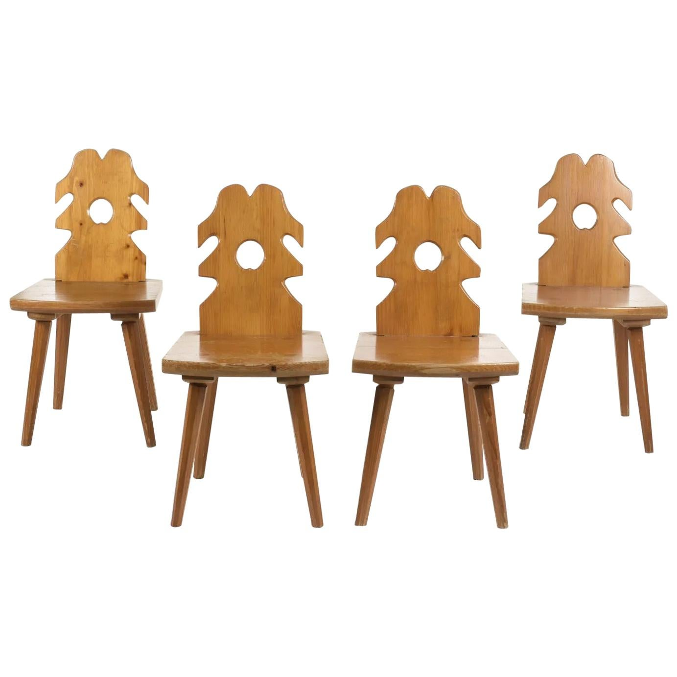 4 Brutalist Chairs in pine, circa 1950-1960