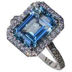 4 Carat 14 Karat White Gold Emerald Cut Aquamarine Engagement Ring