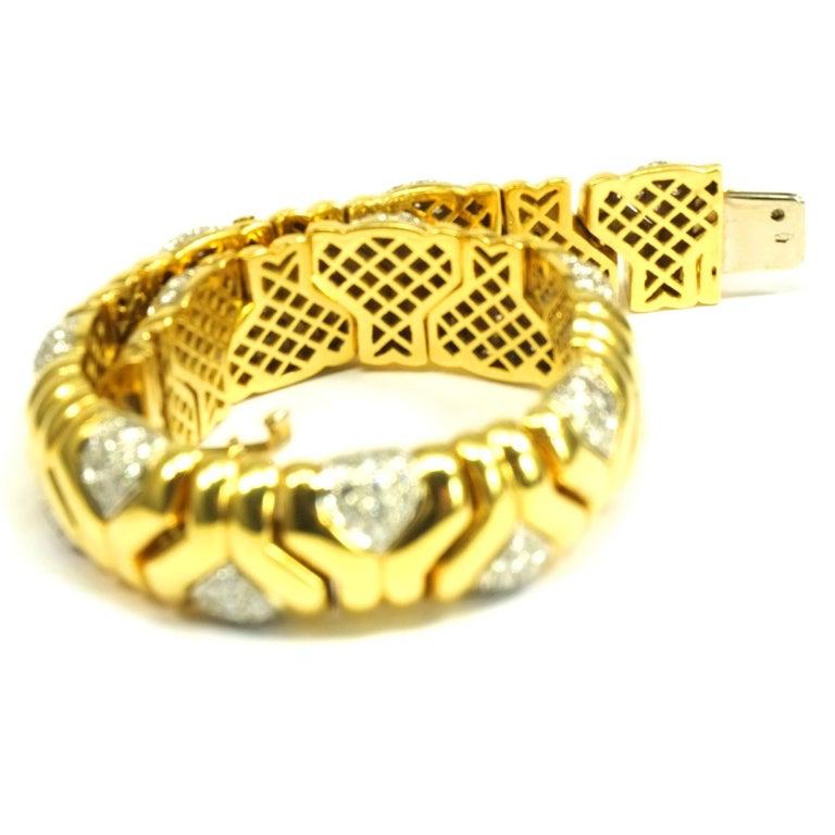4 Carat Diamond 18 Karat Yellow Gold Fancy Link Bracelet In Good Condition For Sale In Goettingen, DE