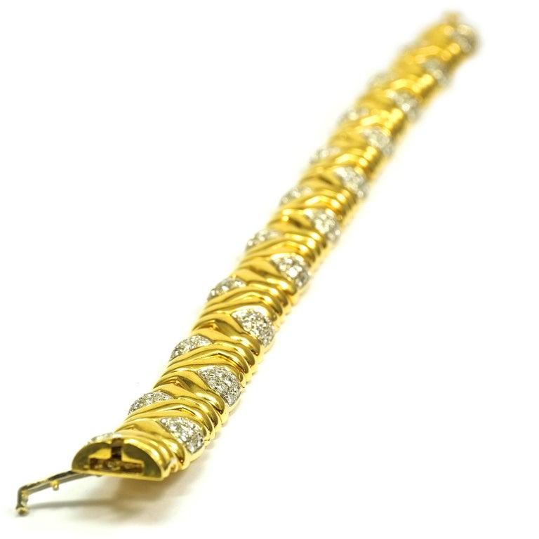 4 Carat Diamond 18 Karat Yellow Gold Fancy Link Bracelet For Sale 1
